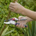 Spear & Jackson ADVANCE racsnis, reteszelhető, forgó nyelű metszőolló
